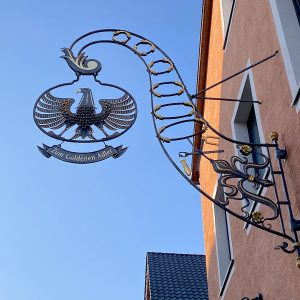 Hotel und Gaststätte - Goldener Adler Höchberg